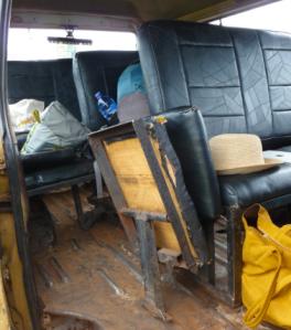 Tro-tro flip seat
